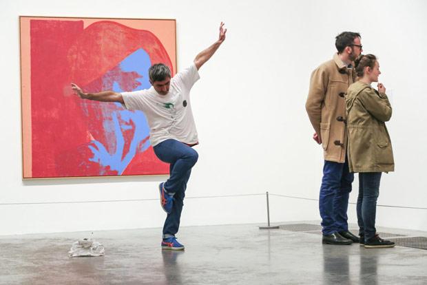 Frédéric Seguette performing part of Jerome Bel's <I>Shirtology</I>.<br />© John Mallinson. (Click image for larger version)