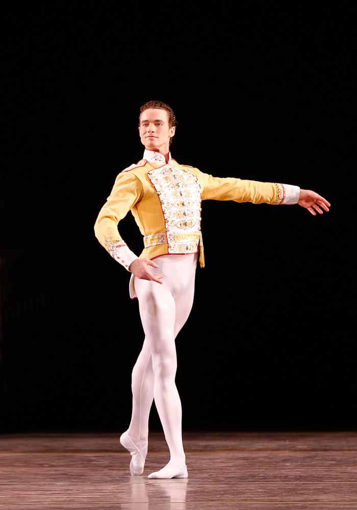 Cory Stearns in Theme and Variations. © The George Balanchine Trust.© Marty Sohl. (Click image for larger version)