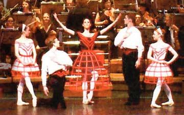Ruth Brill's Matryoshka at its Symphony Hall premiere.© BRB.