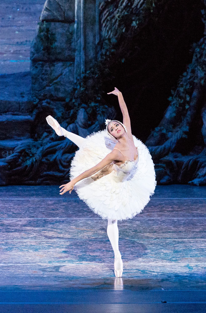 Misty Copeland in <I>Swan Lake</I>.<br />© Darren Thomas, Queensland Performing Arts Centre. (Click image for larger version)