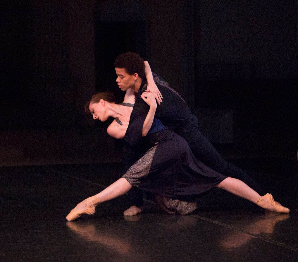 New York Theatre Ballet in Richard Alston's Such Longing.© Yi-Chun Wu. (Click image for larger version)