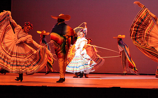 Ballet Folklorico De Mexico in <I>Charreada</I>.<br />© Ballet Folklorico De Mexico De Amalia Hernandez. (Click image for larger version)