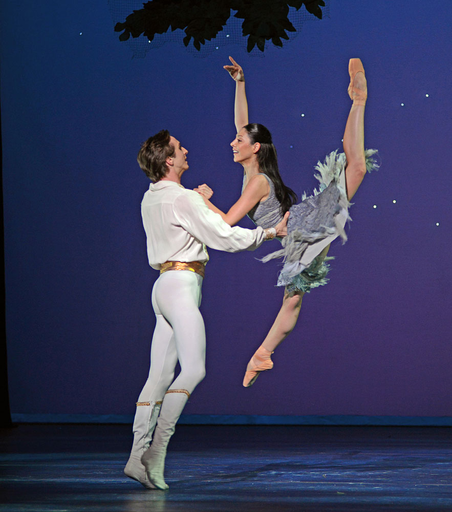 Maia Mahhateli and Artur Shesterikov in Christopher Wheeldon's <I>Cinderella</I>.<br />© Dave Morgan. (Click image for larger version)