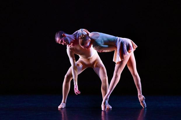 Brent Whitney and Katie Gibson in Forsythe's <I>Slingerland Duet</I>.<br />© Eduardo Patino.