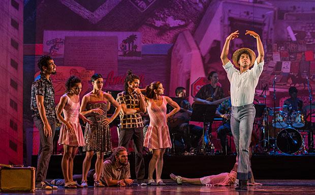 Carlos Acosta & members of Danza Contemporanea de Cuba in <I>Tocororo Suite</I>.<br />© Foteini Christofilopoulou. (Click image for larger version)