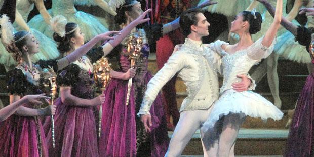 Stella Abrera and Joseph Groak in <I>Cinderella</I>.<br />© MIRA. (Click image for larger version)