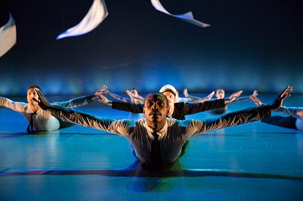 Ballet X in <I>Sunset, o639 Hours</I>.<br />© Alexander Iziliaev. (Click image for larger version)