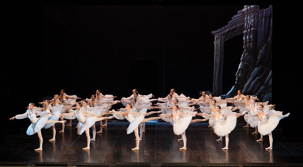 St Petersburg Ballet Theatre in <I>La Bayadere</I>'s Kingdom of the Shades.<br />© Andrei Klemeshev. (Click image for larger version)