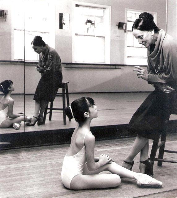 Paloma Herrera with her teacher Olga Ferri.© Alicia Sanguinetti. (Click image for larger version)