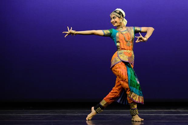Aishwarya Balasubramanian in <I>Ajapa Natanam</I>.<br />© Darial Sneed. (Click image for larger version)