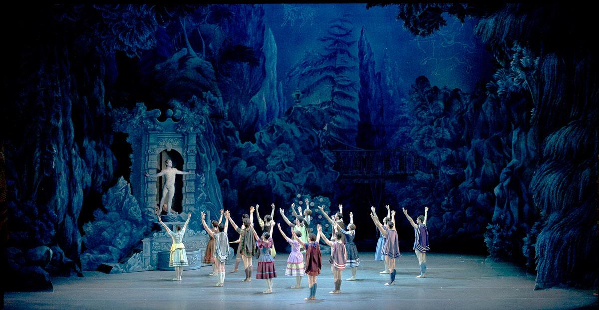Nahuel Prozzi and Ballet Estable del Teatro Colon in Ashton's <I>Sylvia</I>.<br />© Arnaldo Colombaroli, Teatro Colon. (Click image for larger version)