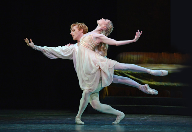 Sarah Lamb and Steven McRae in Romeo and Juliet.© Dave Morgan, courtesy the Royal Opera House. (Click image for larger version)