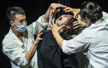 Fang Yin, Yabin Wang, Qing Wang and Kazutomi Kozuki in Genesis 生长.© Foteini Christofilopoulou. (Click image for larger version)
