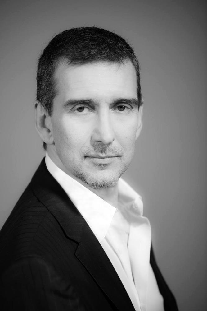 Julio Bocca.© Leo Barizzoni. (Click image for larger version)