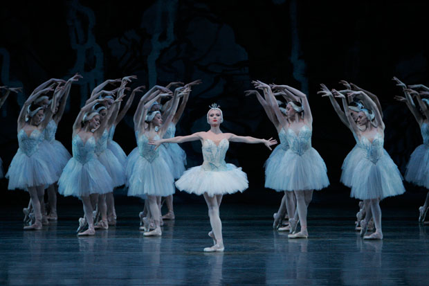 Sara Mearns in Peter Martins' Swan Lake.© Paul Kolnik. (Click image for larger version)