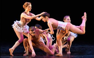 Ballet Memphis in Gabrielle Lamb's I Am A Woman: Moult.© Ari Denison. (Click image for larger version)