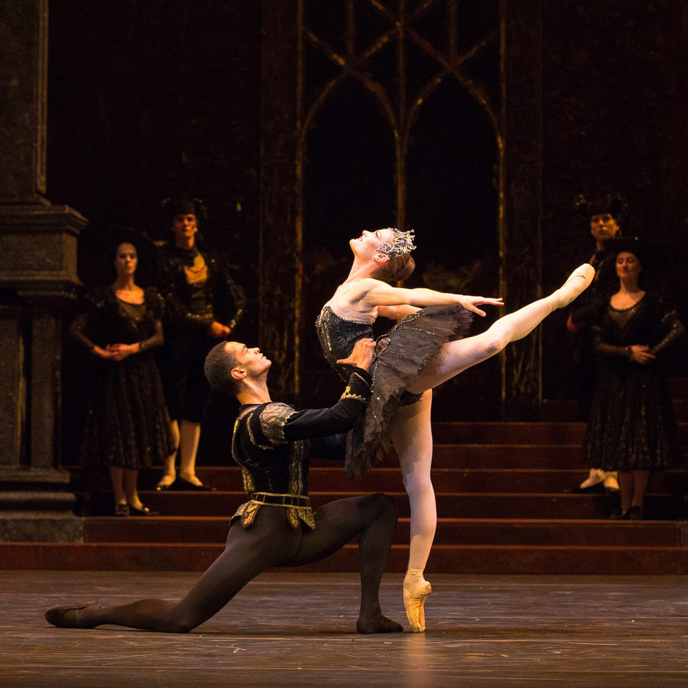 Delia Mathews and Brandon Lawrence in <I>Swan Lake</I>.<br />© Andrew Ross. (Click image for larger version)