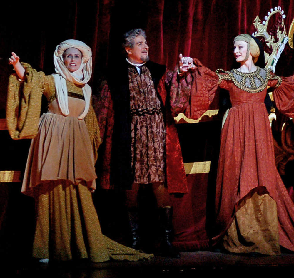 From 2006: David Drew at a <I>Romeo and Juliet</I> curtain call with Genesia Rosato and Elizabeth McGorian.<br />Courtesy a DanceTabs reader.