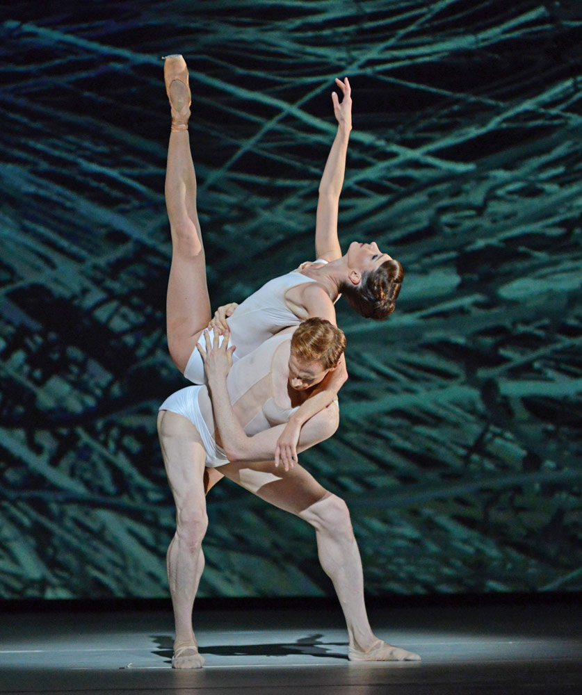 Edward Watson and Lauren Cuthbertsonn in <I>Connectome</I>.<br />© Dave Morgan, courtesy the Royal Opera House. (Click image for larger version)