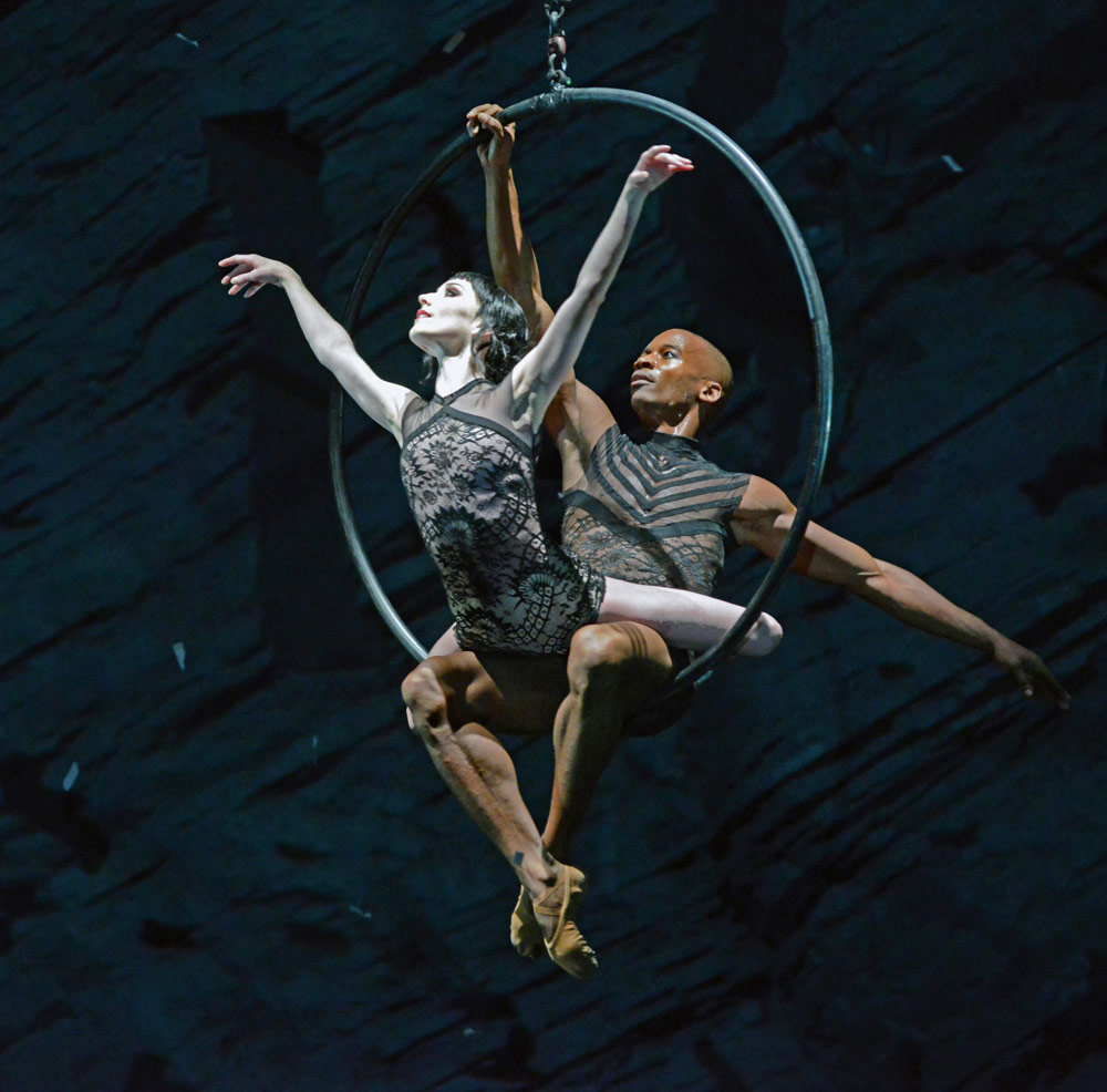 Sarah Lamb and Eric Underwood in Raven Girl.© Dave Morgan, courtesy the Royal Opera House. (Click image for larger version