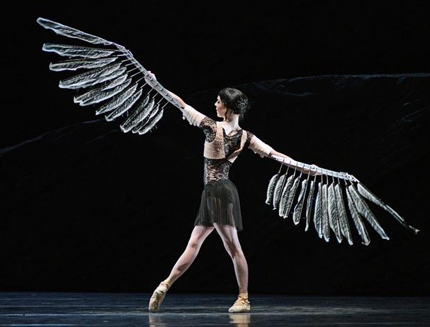 Sarah Lamb in <I>Raven Girl</I>.<br />© Dave Morgan, courtesy the Royal Opera House. (Click image for larger version)