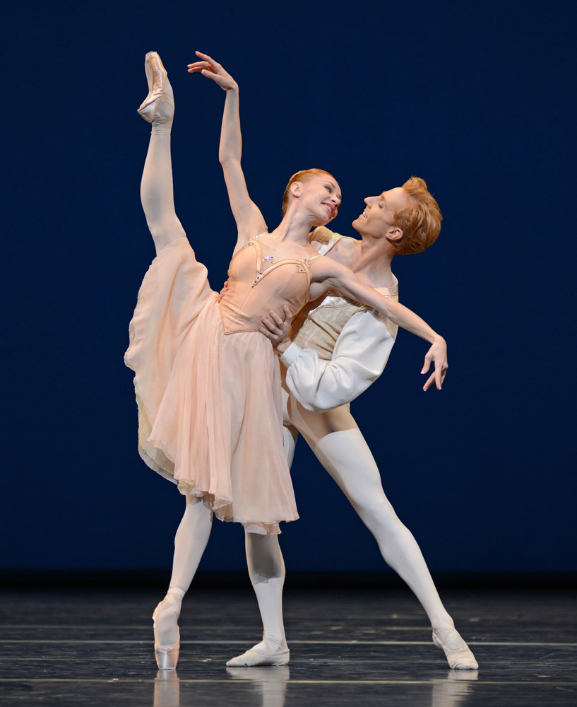 Iana Salenko and Stephen McRae in Tchaikovsky pas de deux.© Dave Morgan, courtesy the Royal Opera House. (Click image for larger version)