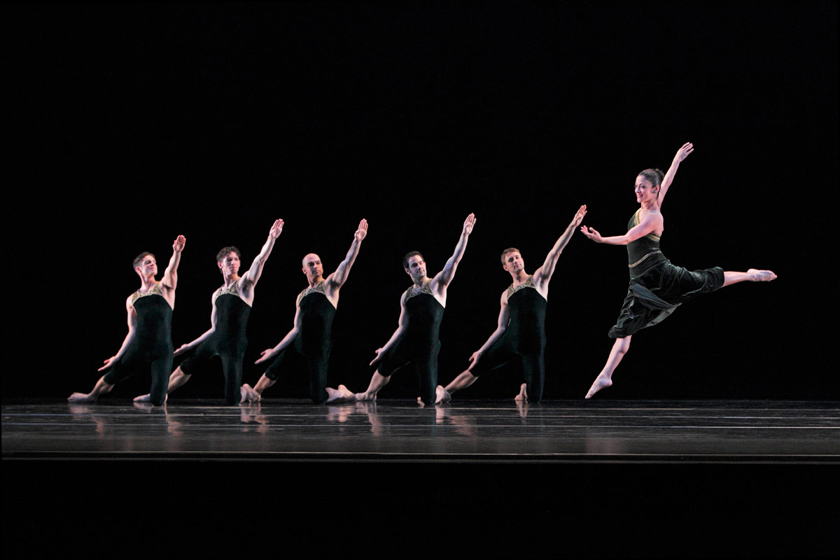 Paul Taylor Dance Company in <I>Brandenburgs</I>.<br />© Paul B. Goode. (Click image for larger version)
