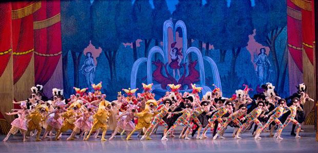 New York City Ballet in George Balanchine's <I>Harlequinade</I>.<br />© Paul Kolnik. (Click image for larger version)