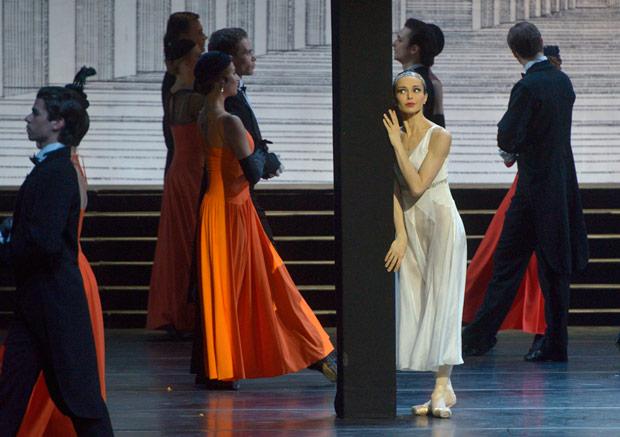 Diana Vishneva in Alexei Ratmansky's <I>Cinderella</I>.<br />© Valentin Baranovsky. (Click image for larger version)