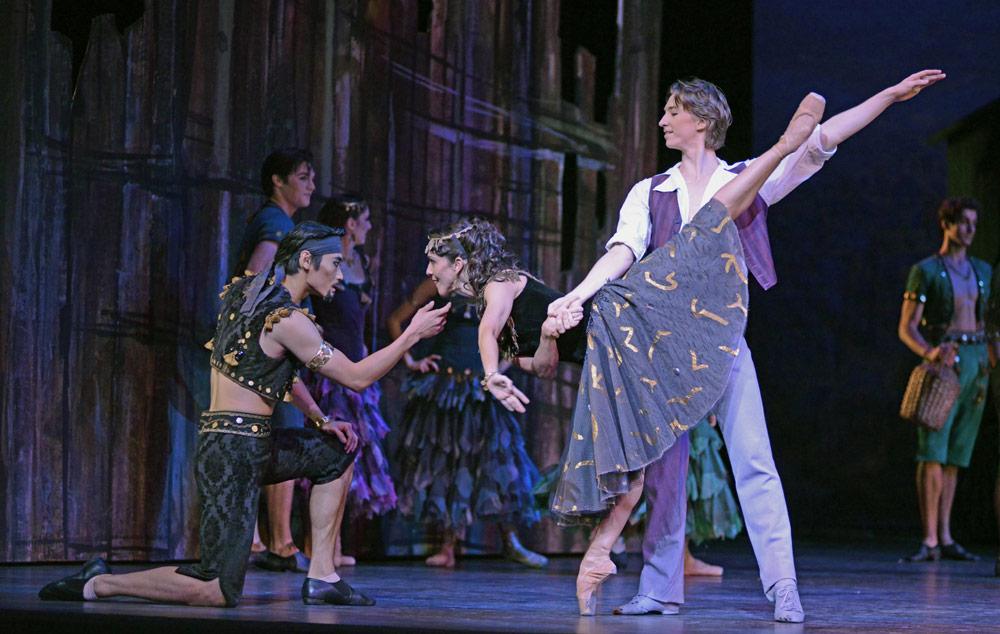 Ryoichi Hirano, Laura Morera and Vadim Muntagirov in <I>The Two Pigeons</I>.<br />© Dave Morgan, courtesy the Royal Opera House. (Click image for larger version)
