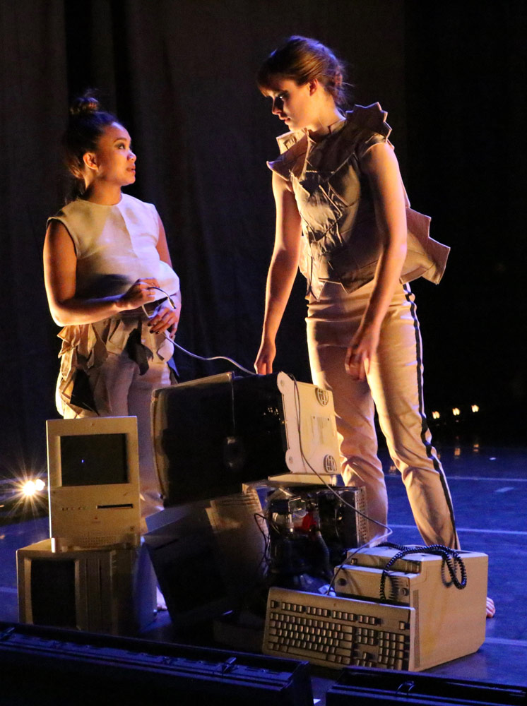 Suzette Sagisi and Megan Wright in <I>Mainframe</I>.<br />© Benjamin Hersh. (Click image for larger version)