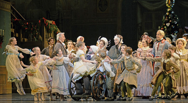 The Royal Ballet and students of the Royal Ballet School in The Nutcracker.© Dave Morgan, courtesy the Royal Opera House. (Click image for larger version)