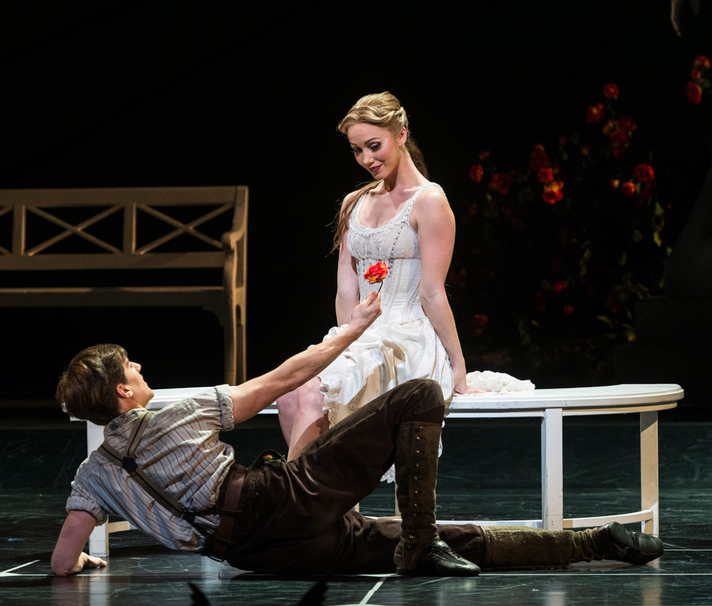Ashley Shaw and Dominic North in Sleeping Beauty.© Foteini Christofilopoulou. (Click image for larger version)