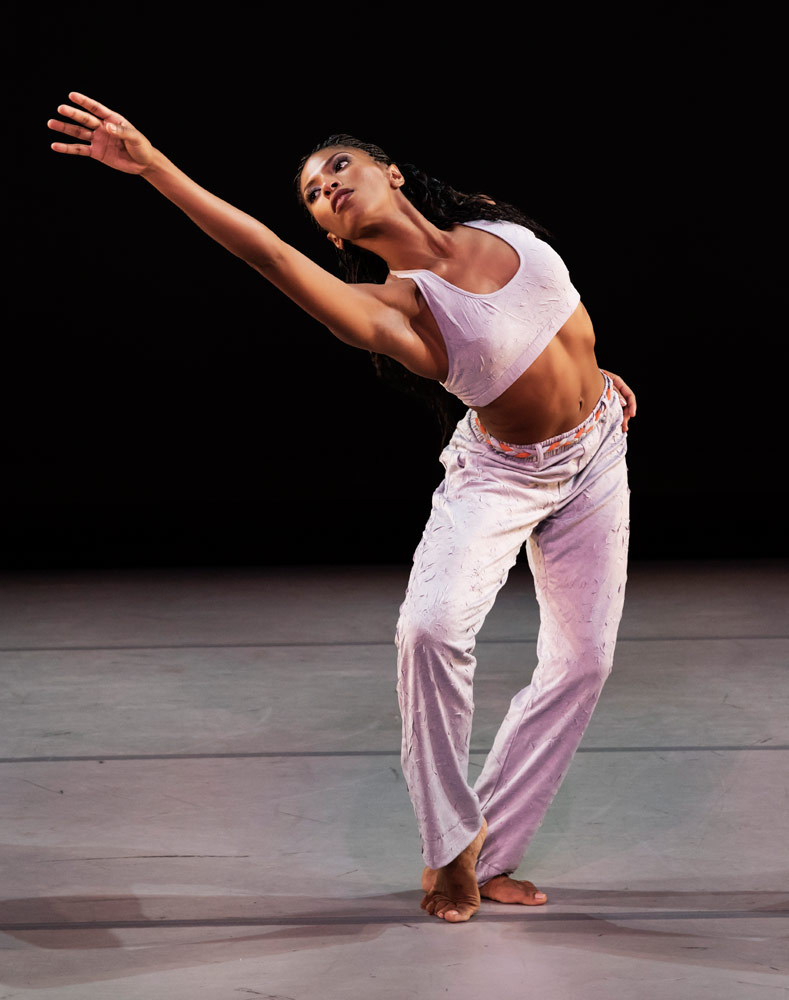 Jacqueline Green in Kyle Abraham's Untitled America: First Movement.© Paul Kolnik. (Click image for larger version)