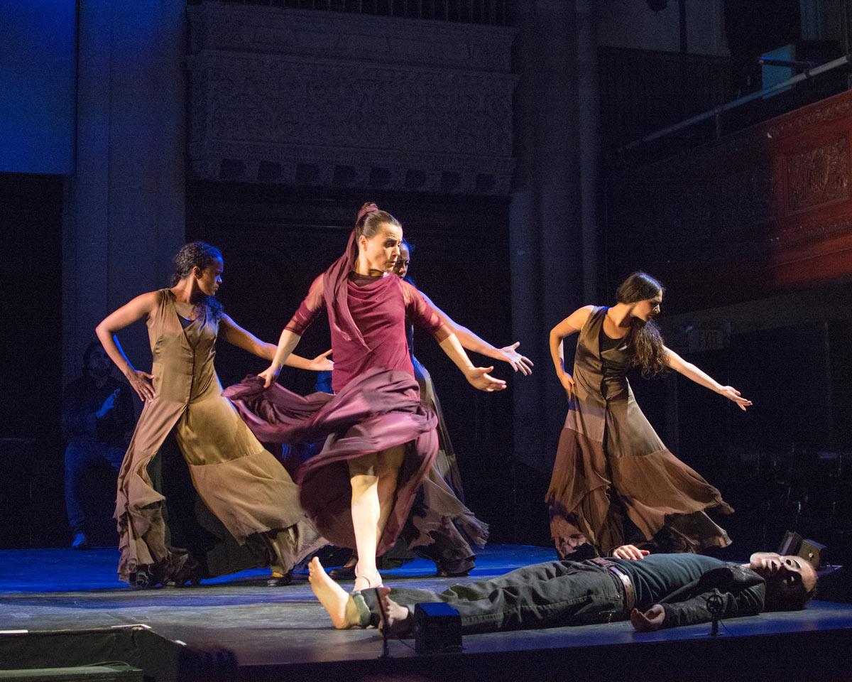Soledad Barrio (Antigona) with Laura Peralta, Xianix Barrera, Elisabet Torres in Antigona.© Zarmik Moqtaderi. (Click image for larger version)