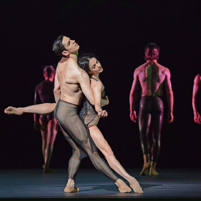 Alessandra Ferri and Federico Bonelli in the <I>Tuesday</I> section of Wayne McGregor's <I>Woolf Works</I>.<br />© Dave Morgan, courtesy the Royal Opera House. (Click image for larger version)