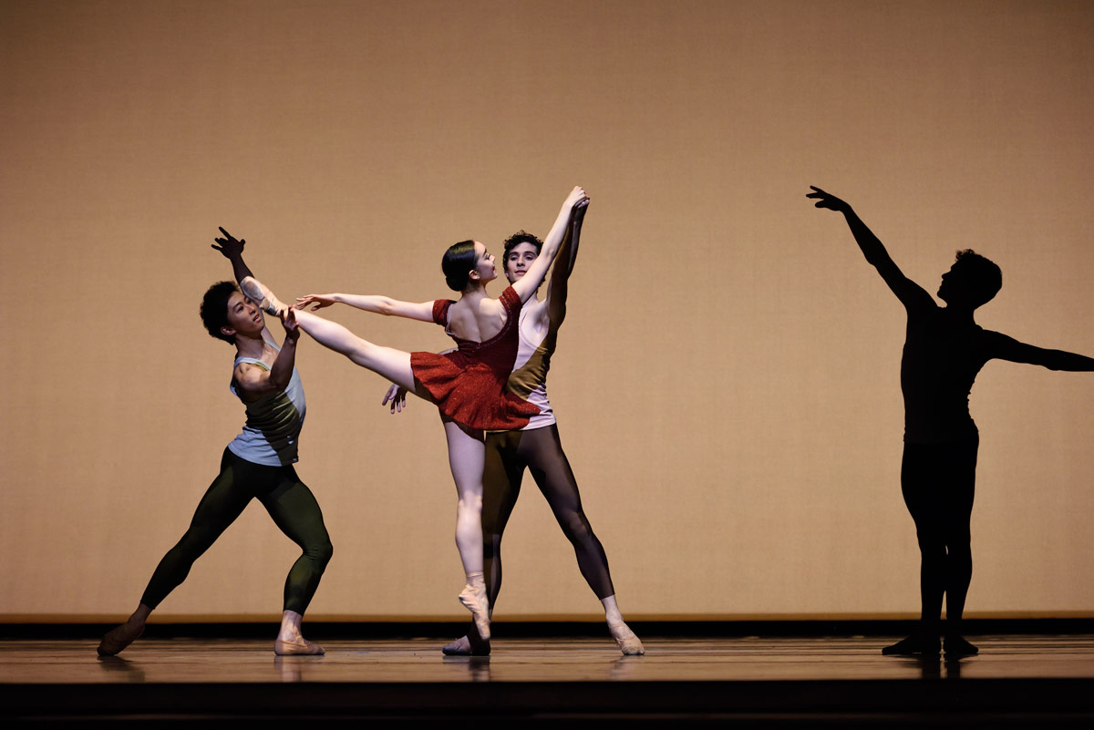 San Francisco Ballet School in Tomasson's <I>Bartok Divertimento</I>.<br />© Erik Tomasson. (Click image for larger version)