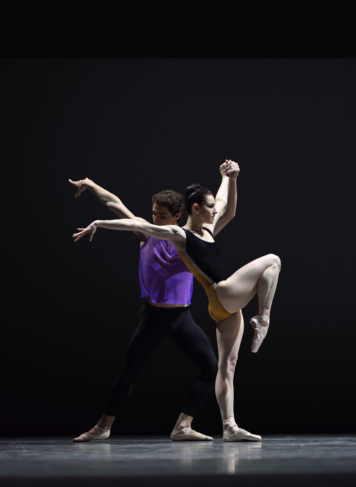 Sofiane Sylve and Carlo Di Lanno in Forsythe's <I>Pas/Parts</I>.<br />© Erik Tomasson. (Click image for larger version)