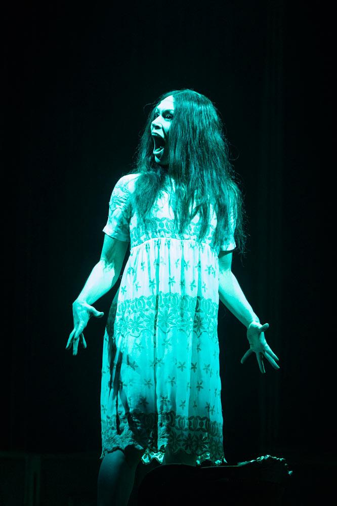 Gwen Langenberg in <I>Horror</I>.<br />© Foteini Christofilopoulou. (Click image for larger version)