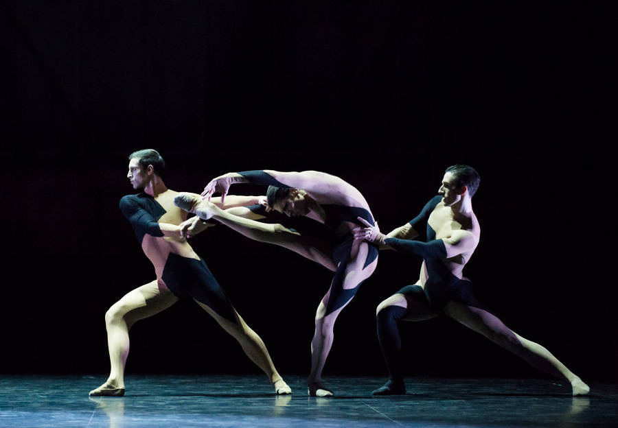Marc Moreau, Audric Bezard and Vincent Chaillet in <I>Alea Sands</I>.<br />© Julien Benhamou / Opéra national de Paris. (Click image for larger version)