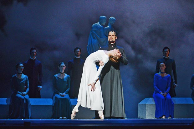 Hannah Fischer and Piotr Stanczyk in <I>The  Winter's Tale</I>.<br />© Karolina Kuras, courtesy NBoC. (Click image for larger version)