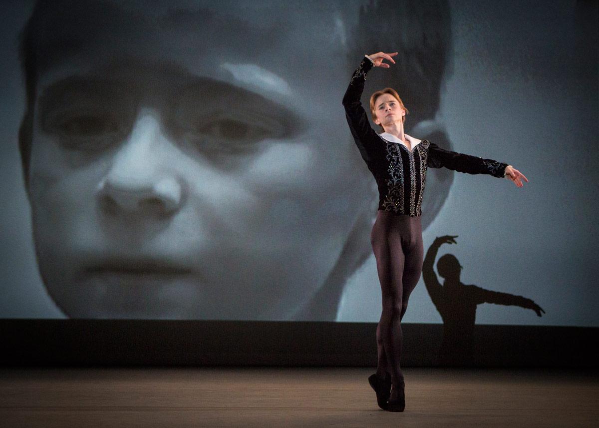 Daniil Simkin in Alexander Ekman's <I>Simkin and the Stage</I>.<br />© Yi-Chun Wu. (Click image for larger version)