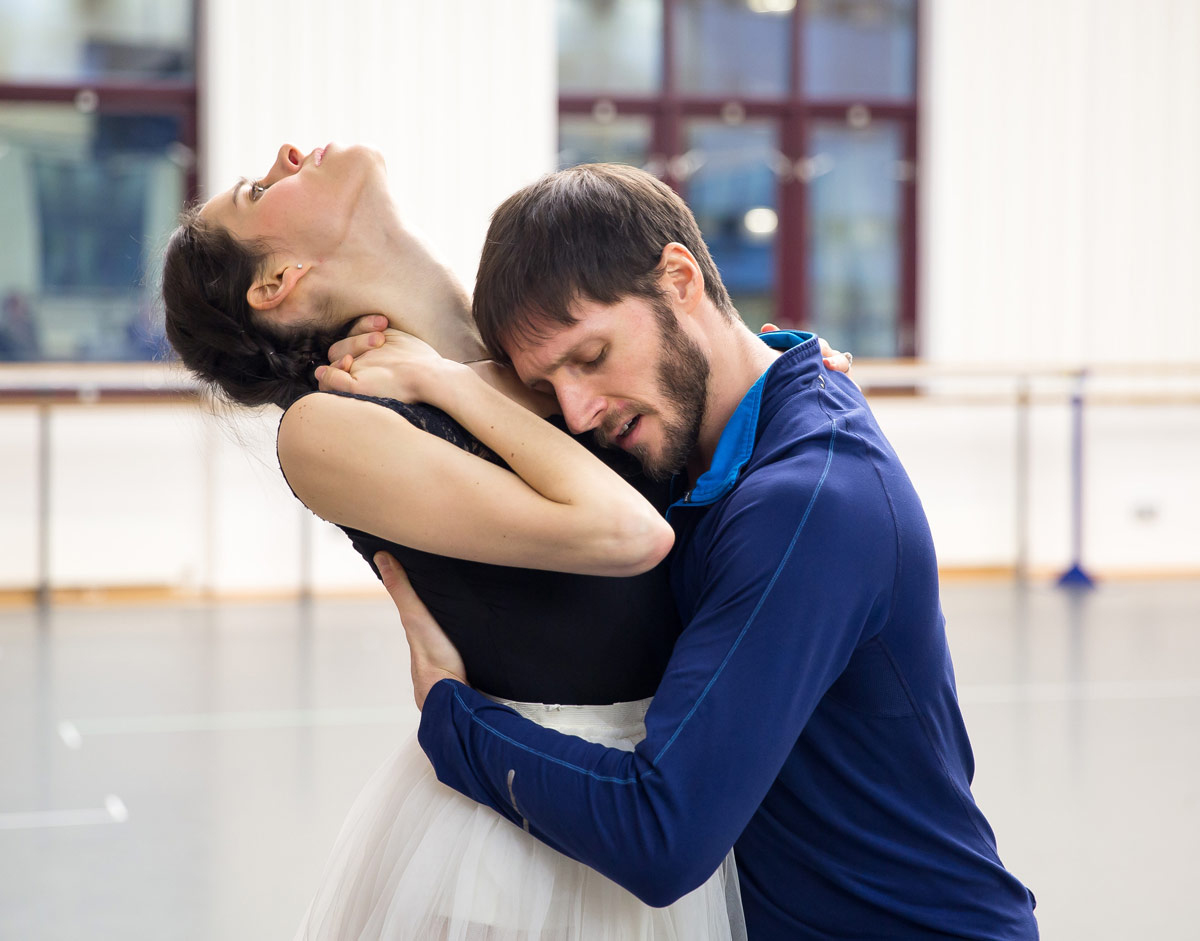 Samara Downs and Jamie Bond in rehersals for A Month in the Country.© Andrew Ross. (Click image for larger version)