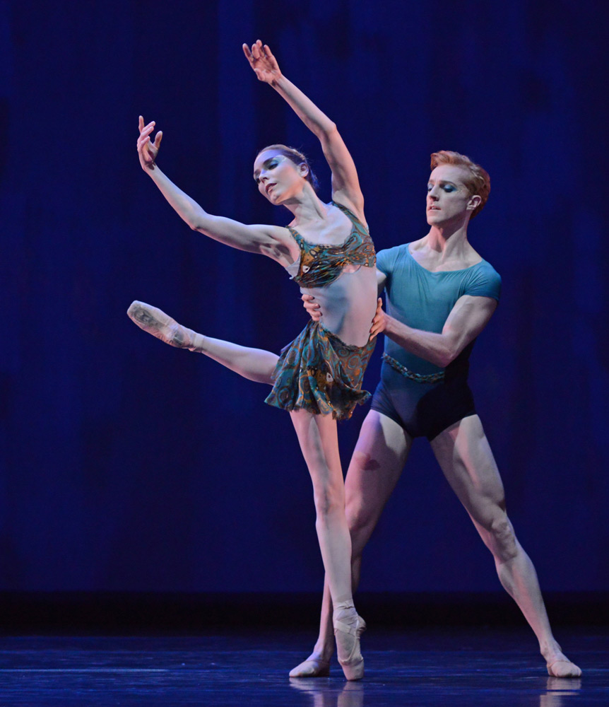 Sarah Lamb and Steven McRae in Within the Golden Hour.© Dave Morgan, courtesy the Royal Opera House. (Click image for larger version)