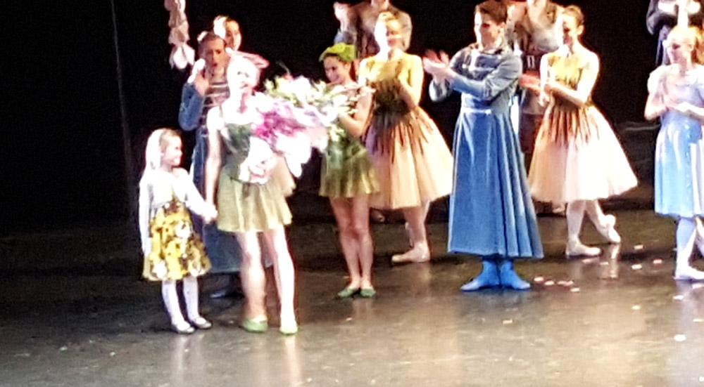 Do forgive the quality but a picture of Eve Mutso taking her final bows, complete with lovely daughter. BM.