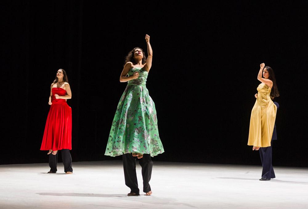 Tanztheater Wuppertal Pina Bausch in ...como el musguito en la piedra, ay si, si, si....© Foteini Christofilopoulou. (Click image for larger version)