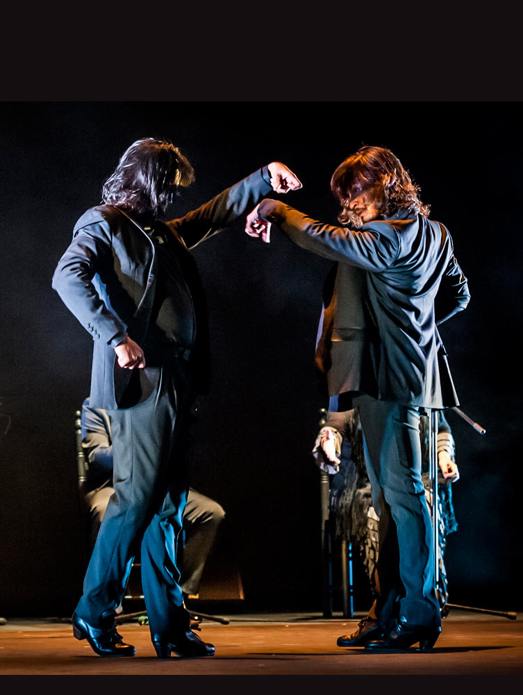 Farruquito & Farruco in <I>Buen Arate</I>.<br />© Lidia Crisafulli. (Click image for larger version)