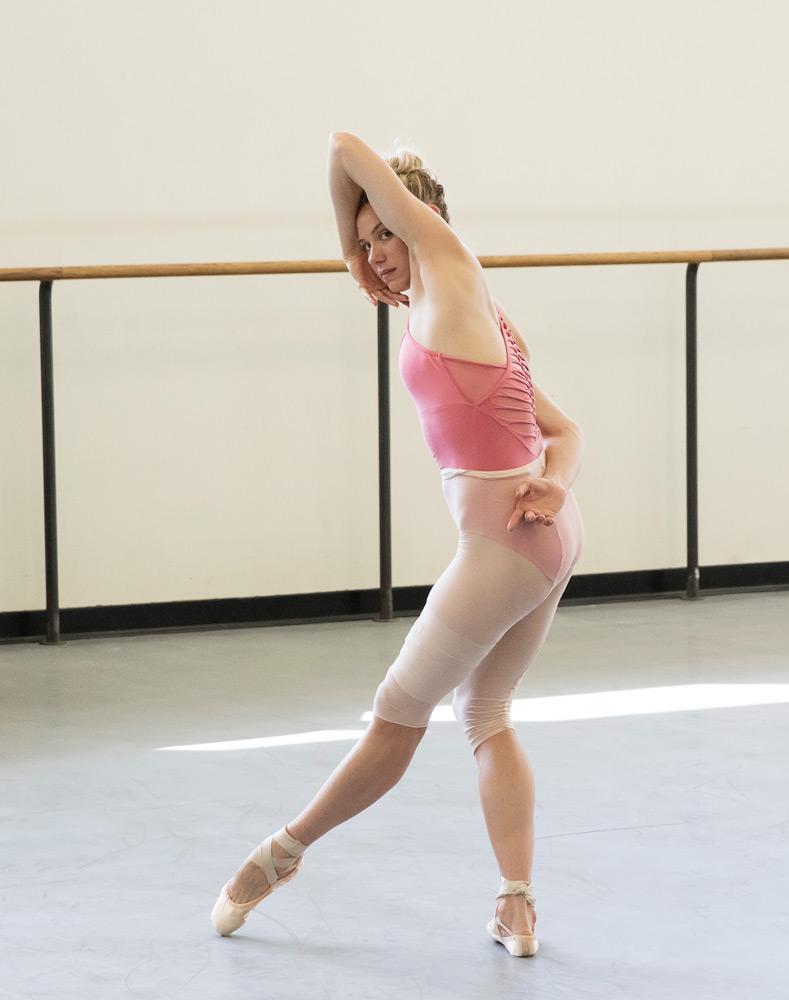Sara Mearns in <I>Jeux</I> rehearsals.<br />© Paul Kolnik. (Click image for larger version)