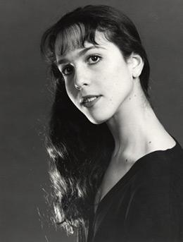 Laura Morera.<br />© Royal Opera House. (Click image for larger version)