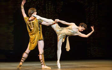 Vladislav Lantratov and Maria Alexandrova in Spartacus.© Foteini Christofilopoulou. (Click image for larger version)
